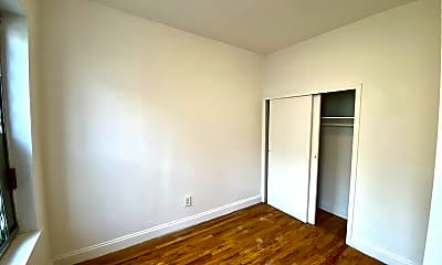 Bedroom, 550 W 146th St 9, 1