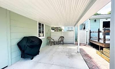 Patio / Deck, 413 Shore Rd, 2
