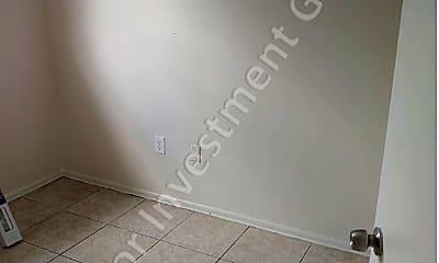 Bathroom, 800 N Hastings St, 2