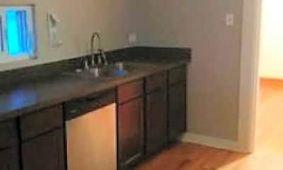 Kitchen, 424 Beloit Ave, 0