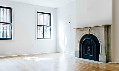 Living Room, 339 Hoyt St, 1