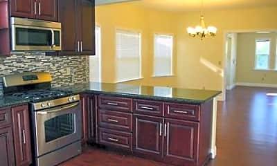 Kitchen, 871 Apgar St, 0