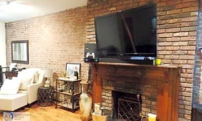 Living Room, 123 W 81st St, 2