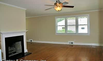 Living Room, 114 Edward Ct, 1