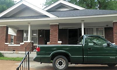 Building, 790 N Willett St, 0