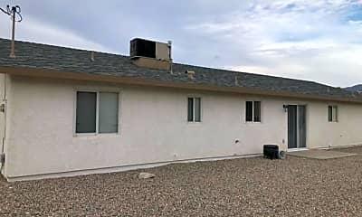 Building, 3530 Iroquois Dr, 1