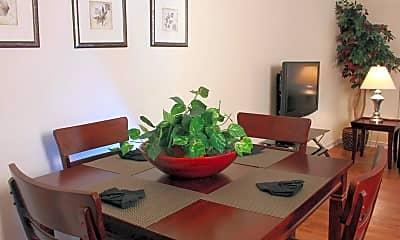 Dining Room, Garden Park Hanes Mall, 1