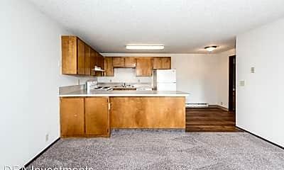 Living Room, 5500 NE 34th St, 0
