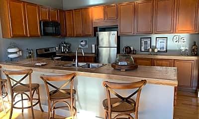 Kitchen, 1260 W 4th St, 1