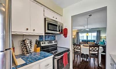 Kitchen, 322 N Federal Hwy, 2