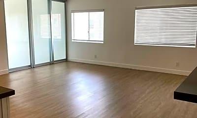 Living Room, 435 N Oakhurst Dr, 1