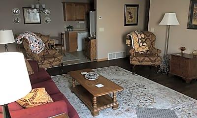 Living Room, 875 E Minnesota St, 1