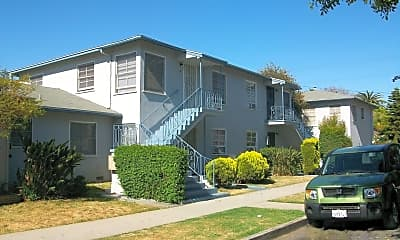 Building, 802 Raymond Ave, 1
