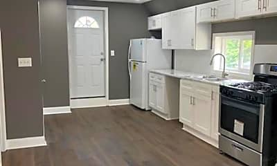 Kitchen, 3924 Trowbridge Ave 2, 2