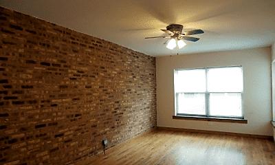 Living Room, 4931 N Kedzie Ave, 1