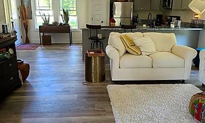 Living Room, 706 4th St, 2