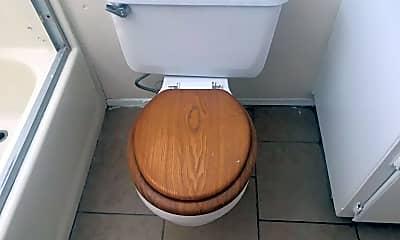 Bathroom, 16201 Cahuenga Rd, 2