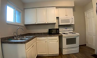 Kitchen, 2402 S Dixie Dr, 0