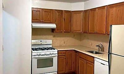 Kitchen, 65-07 Booth St 3, 0