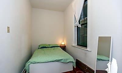 Bedroom, 2145 W Potomac Ave, 1