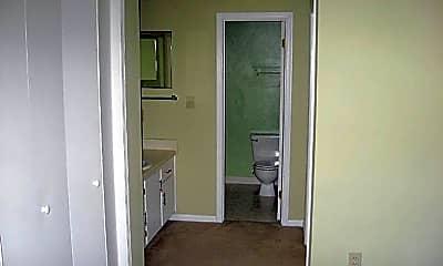 Kitchen, 221 Schultz St, 2