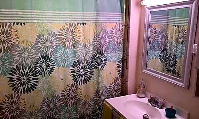 Bathroom, 21 Luke Road, 1