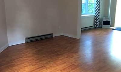 Living Room, 48 Munroe Ln, 1