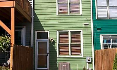 Building, 1204 Missouri Ave, 2