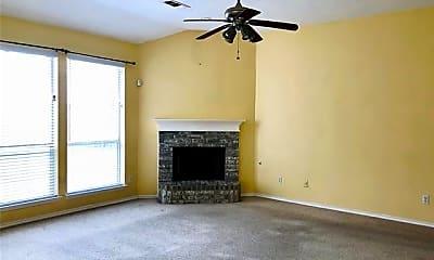 Living Room, 3306 Scenic Glen Dr, 1