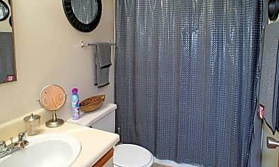Bathroom, Morris Square, 2