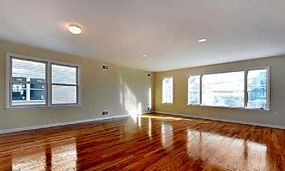 Living Room, 104 Maple St, 1