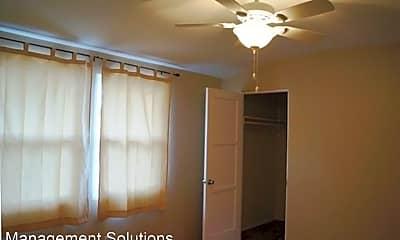 Bedroom, 3418 Thorn St, 2