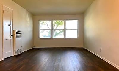 Living Room, 953 E Carson St, 1
