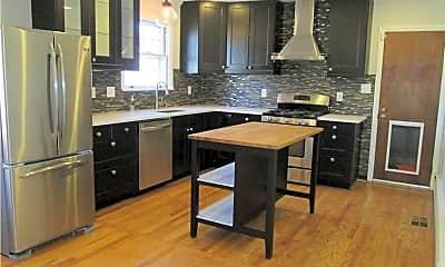 Kitchen, 5929 Glenhaven Crescent, 1