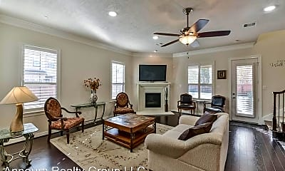 Living Room, 11603 Royal Oaks Trace, 1