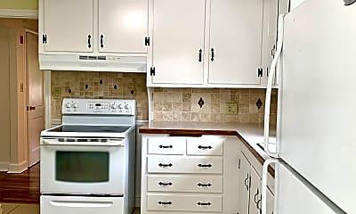 Kitchen, 1 Ledgewood Dr., 1