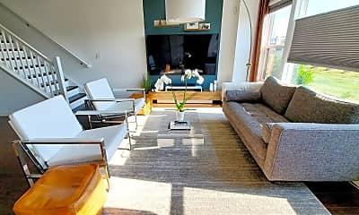 Living Room, 44812 Tiverton Square, 0