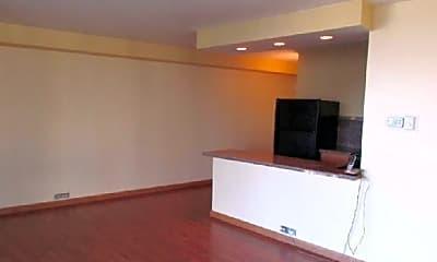 Kitchen, 323 N Dearborn St, 1