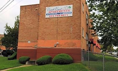 Everett Court Apartments, 1
