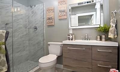 Bathroom, 5215 Marmion Way, 0