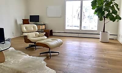 Living Room, 1049 Dolores St, 1