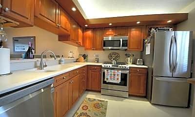 Kitchen, 2401 Marina Isle Way 105, 2