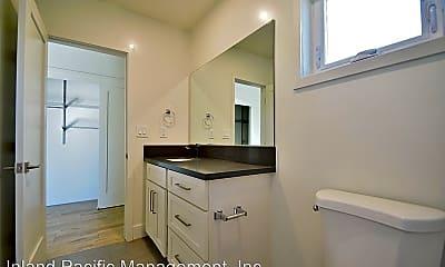 Bathroom, 1351 Manhattan Beach Blvd, 2