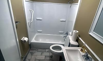 Bathroom, 9219 Alexander Ave, 2
