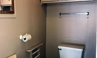 Bathroom, 119 Sanders St, 2