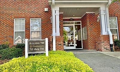 Building, 712 Providence Glen Dr, 1