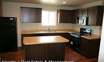 Kitchen, 221 N 680 E, 1