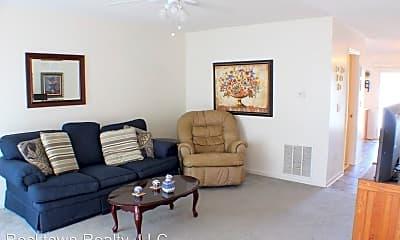 Living Room, 1034 Alexander Hamilton Ln, 1