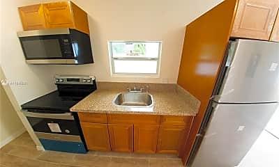 Kitchen, 2940 NW 88th St C, 1