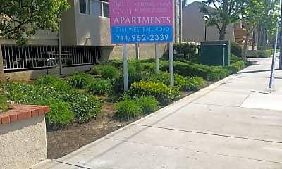 Bellcourt Apartments, 1
